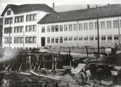 20110704 GStA 011 Fabrik Michel etwa vor 1913 Westseite geschnitten