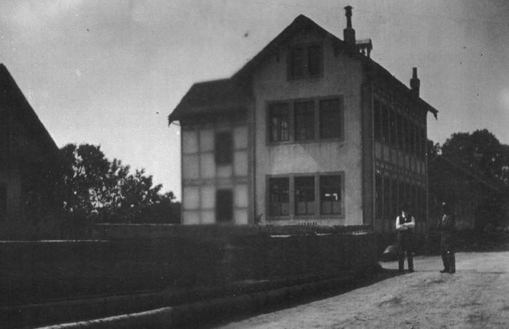 Lamboing Fabrik von Osten ca 1915
