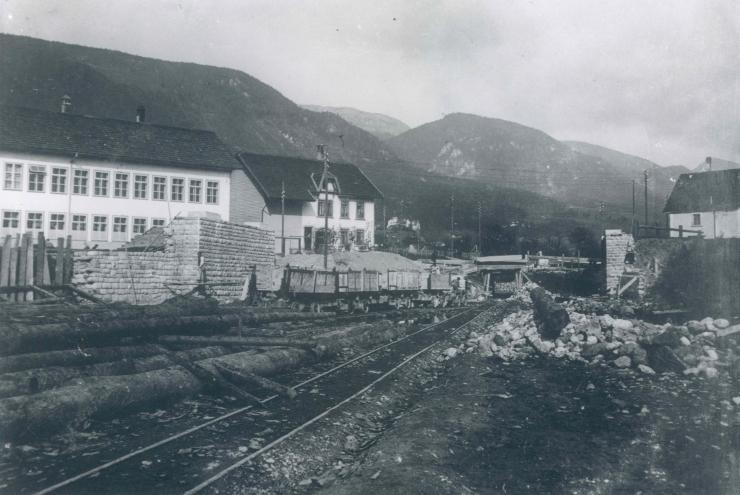 fabrik-am-mit-bahnbau-2-gsta-f005.jpg